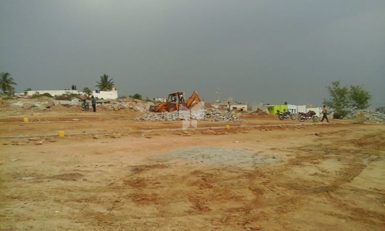 Karnasree Layout - Elevation Photo