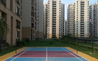 jaypee-greens-kosmos-in-sector-134-elevation-photo-1lju