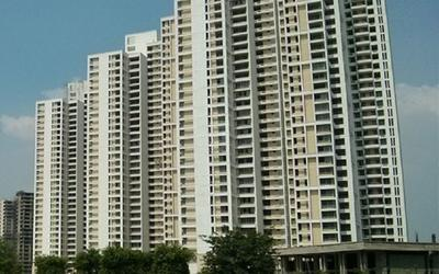 jaypee-greens-the-imperial-court-in-sector-128-elevation-photo-1lso