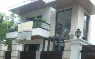 dlf-hibiscus-lane-in-dlf-phase-4-elevation-photo-1mzy