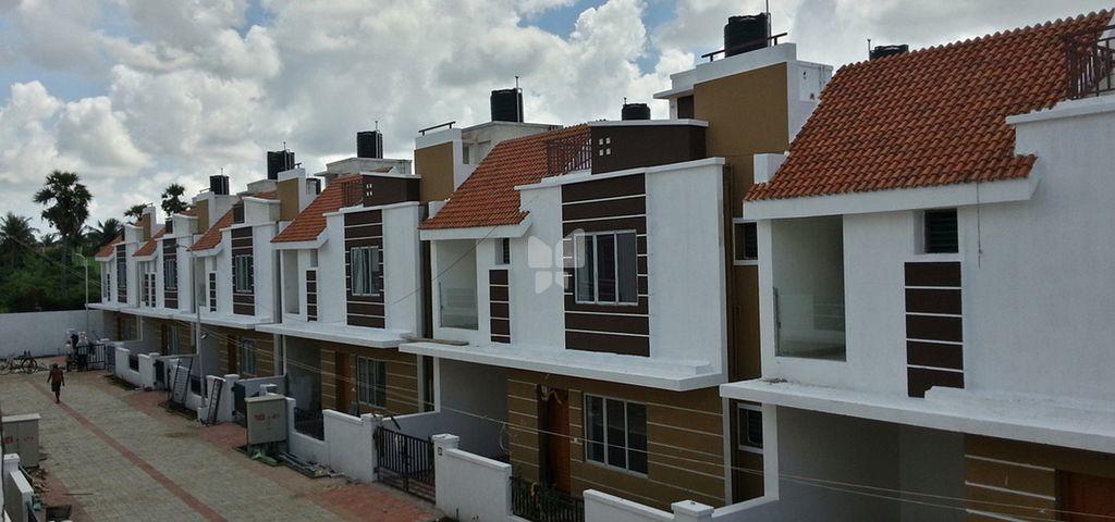 Golden Boulevard Apartment - Elevation Photo