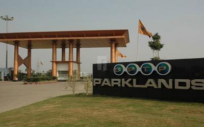 bptp-parklands-in-sector-88-elevation-photo-1kdf