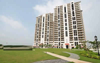dlf-new-town-heights-3-in-sector-91-elevation-photo-1mkd